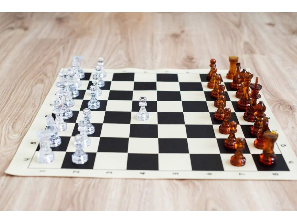 Priehľadná šachová súprava  + doprava zdarma