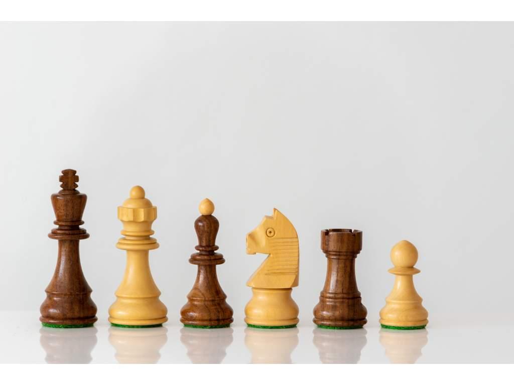 Šachové figúrky Caissa extra  + doprava zdarma