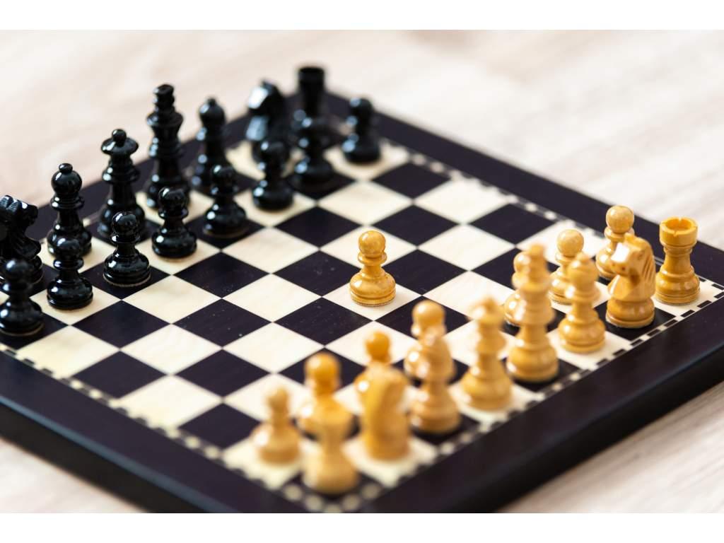 Magnetické šachy eben malé  + doprava zdarma