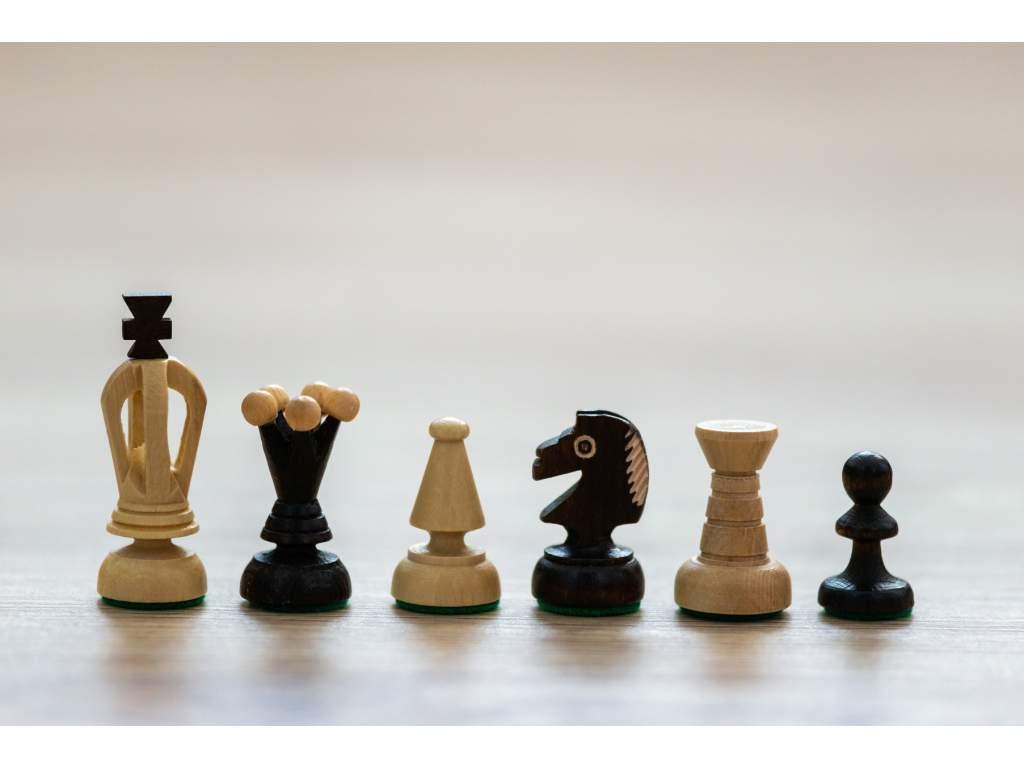 Šachové figúrky Rosa; náhradné