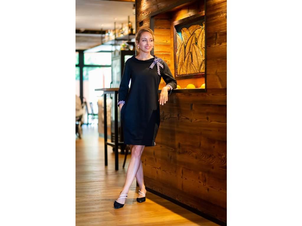 Šaty Dámsky gambit black  + doprava zdarma