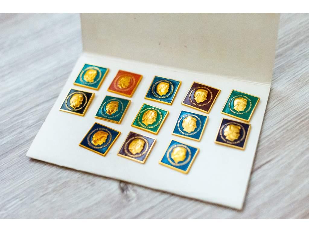888 2 odznaky majstrov sveta