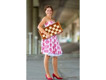 drevená kráľovská šachová súprava, skladacia šachovnica s úložným priestorom pre figúrky