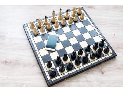 Drevené súťažné šachy  + doprava zdarma + darček