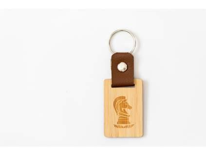 4232 sachova drevena klucenka konik