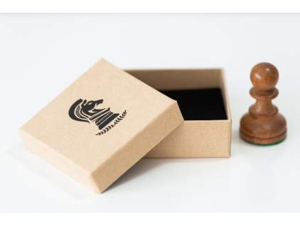 Šachová krabička koník