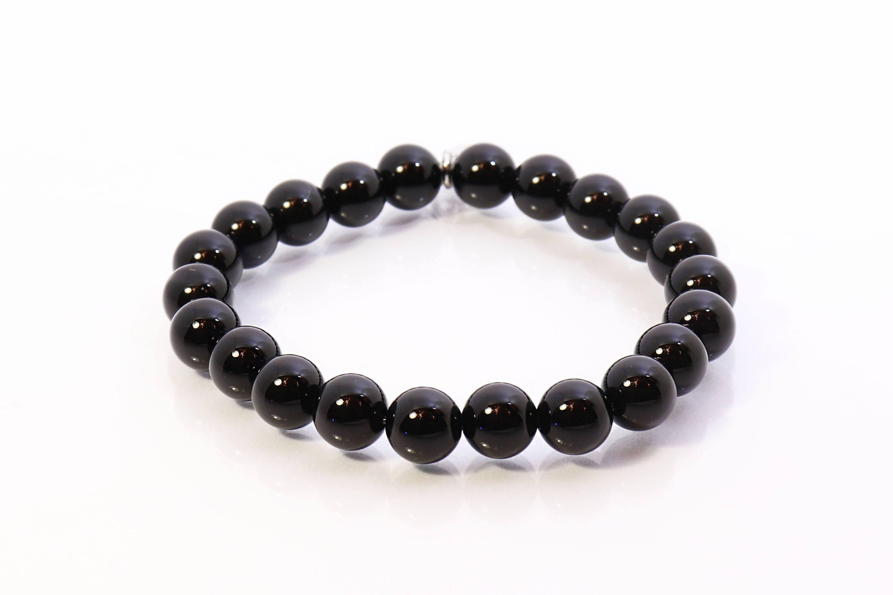 Význam drahých kamenů: Onyx a jeho vlastnosti