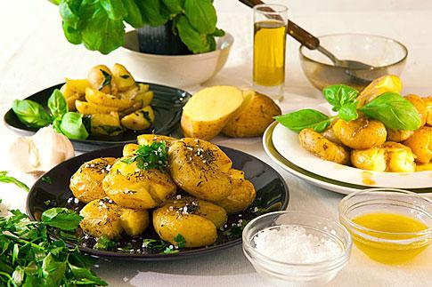 Křupavé šafránové brambory