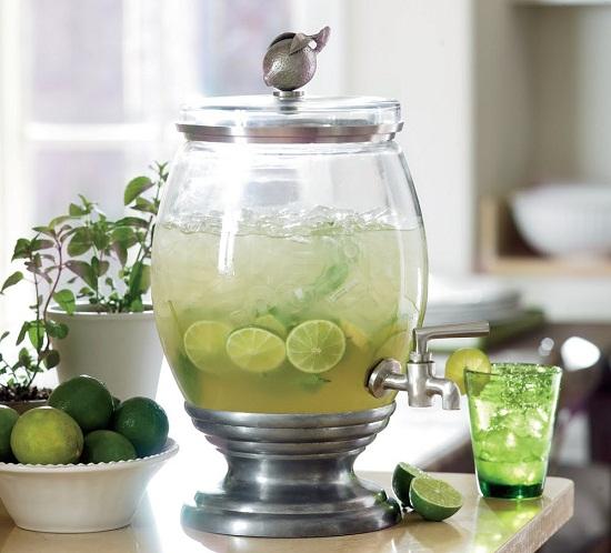 Šafránový ledový nápoj