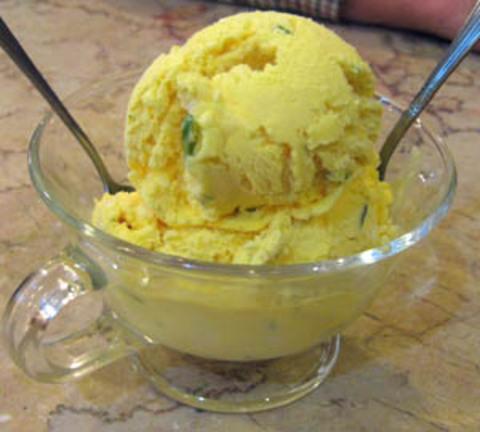 Šafránová zmrzlina