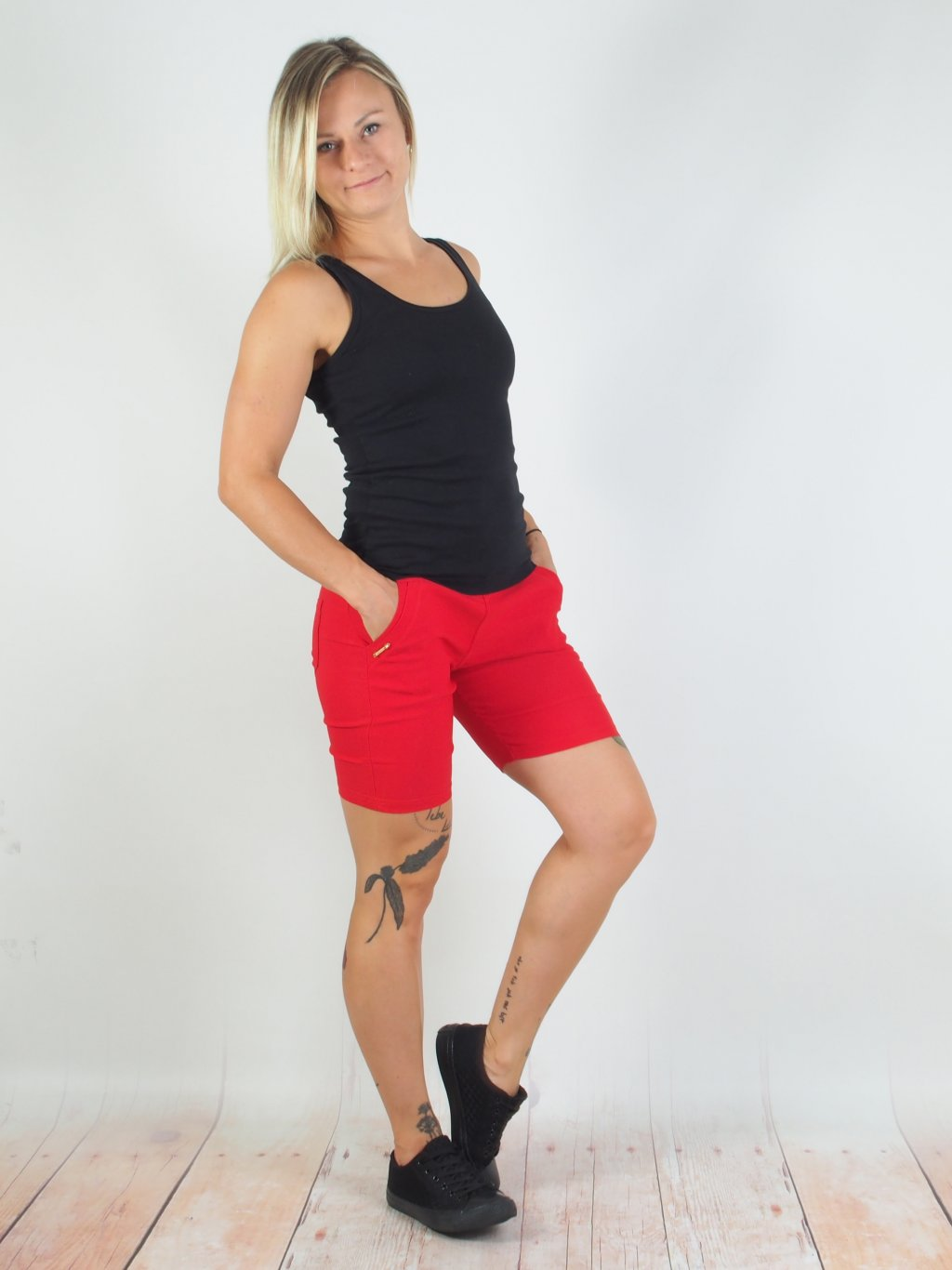 Kalhoty šortky červené