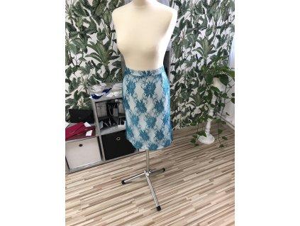 Krajkovaná puzdrová sukňa