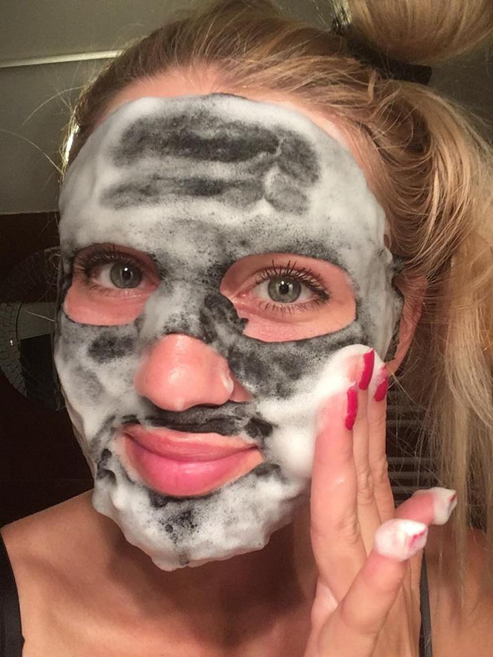 Aktivní (dřevěné) uhlí v kosmetice