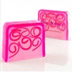 Bomb Cosmetics Glycerinové mýdlo Mazlíček, 100 g