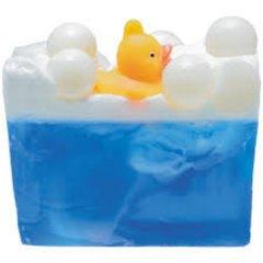 Bomb cosmetics Glycerinové mýdlo Bazénová párty, 100 g