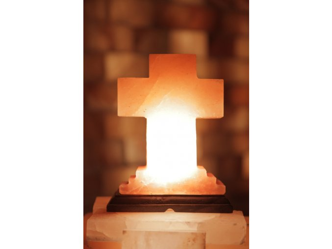 Solná elektrická lampa Kříž