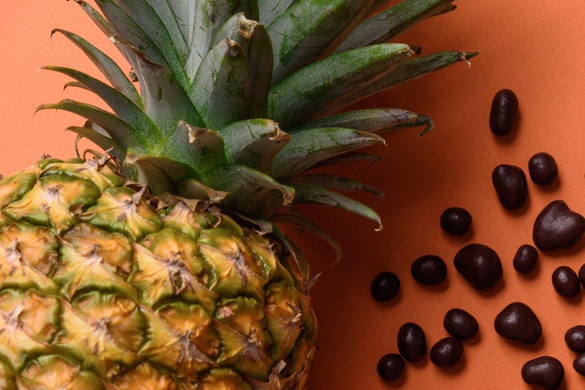 Nový snack na letné výlety: Ananás v čokoláde