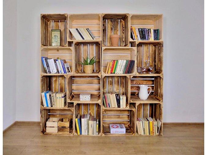 Dřevěná bedýnka knihovna 180x180x30 cm