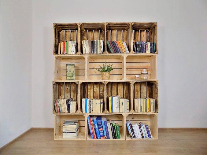 Dřevěná bedýnka knihovna 160x180x30 cm