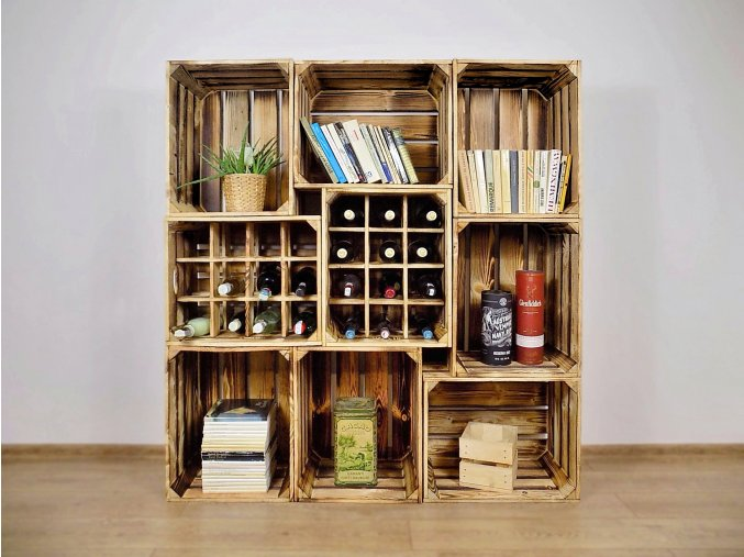 Dřevěná bedýnka knihovna s vinotékami 130x140x30cm