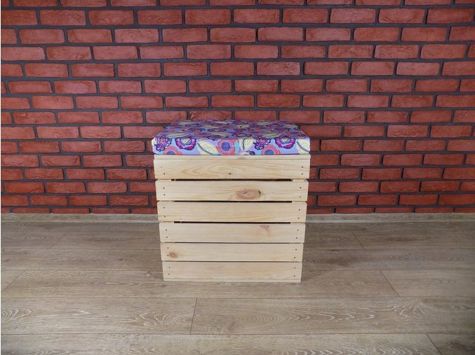 Dřevěný otoman s úložným prostorem - Váš návrh!