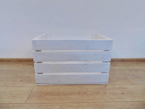 Čistě bílá dřevěná bedýnka 50x40x30 cm
