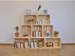 Dřevěná bedýnka knihovna Pyramida střední 180x130x30 cm