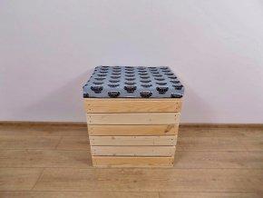 Dřevěná truhla otoman Auta 50x40x45 1