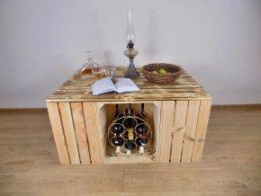 Moderní konfereční stůl z bedýnek