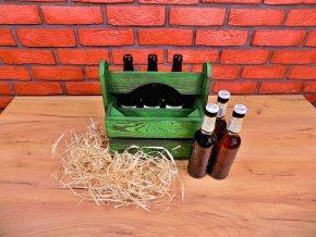Brčálově zelený nosič na lahve od piva
