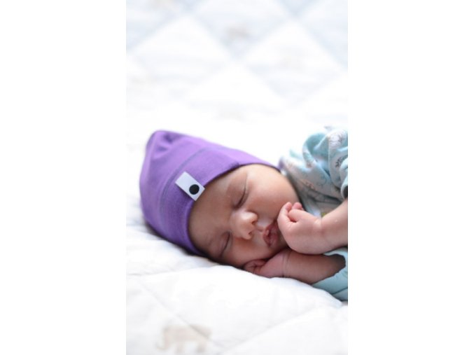 Bavlněná čepice Newborn - fialová