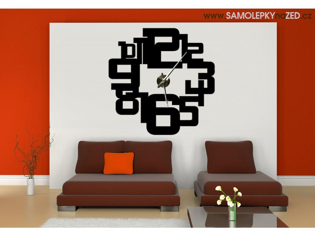 Číslicový design se strojkem - hodiny na zeď (barva černá)