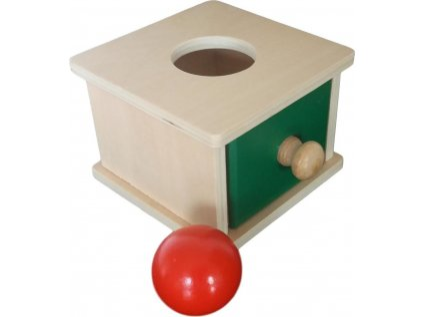Box na vkládání míčku