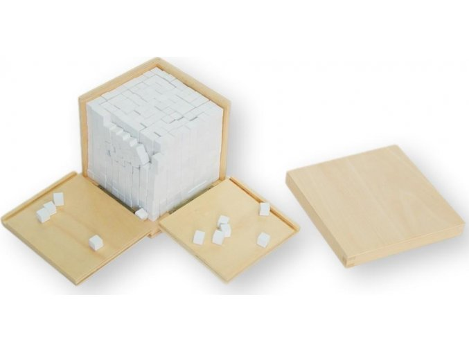 Krabička ve tvaru krychle s tisíci krychličkami (1x1x1cm)