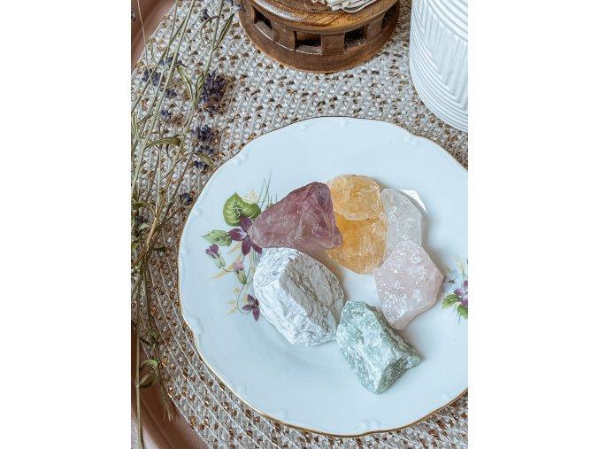 Set surových kamenů - pohlazení