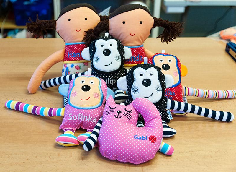 hračky pro miminka 3 měsíce