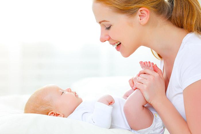vývoj zraku miminka