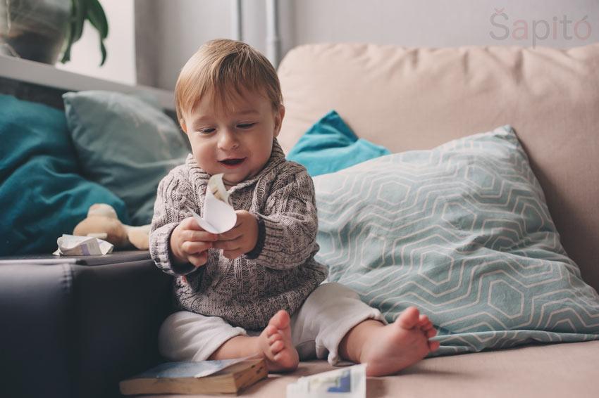 co umí dítě v 11 měsících
