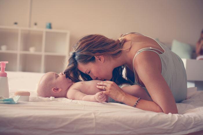 cvičení s miminkem 3 měsíce