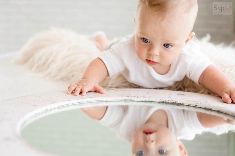 Kdy se miminko pozná v zrcadle