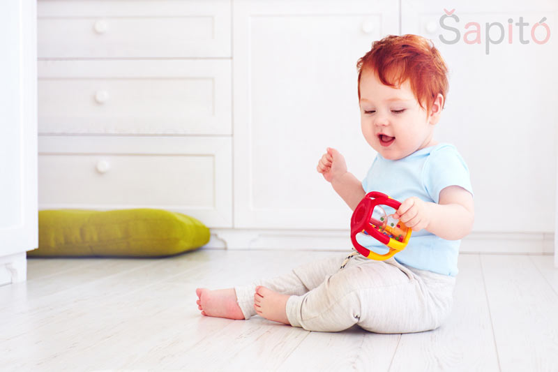 hracky pro 9 mesicni miminko