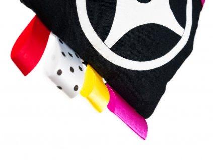 Černobílé leporelo pro miminka