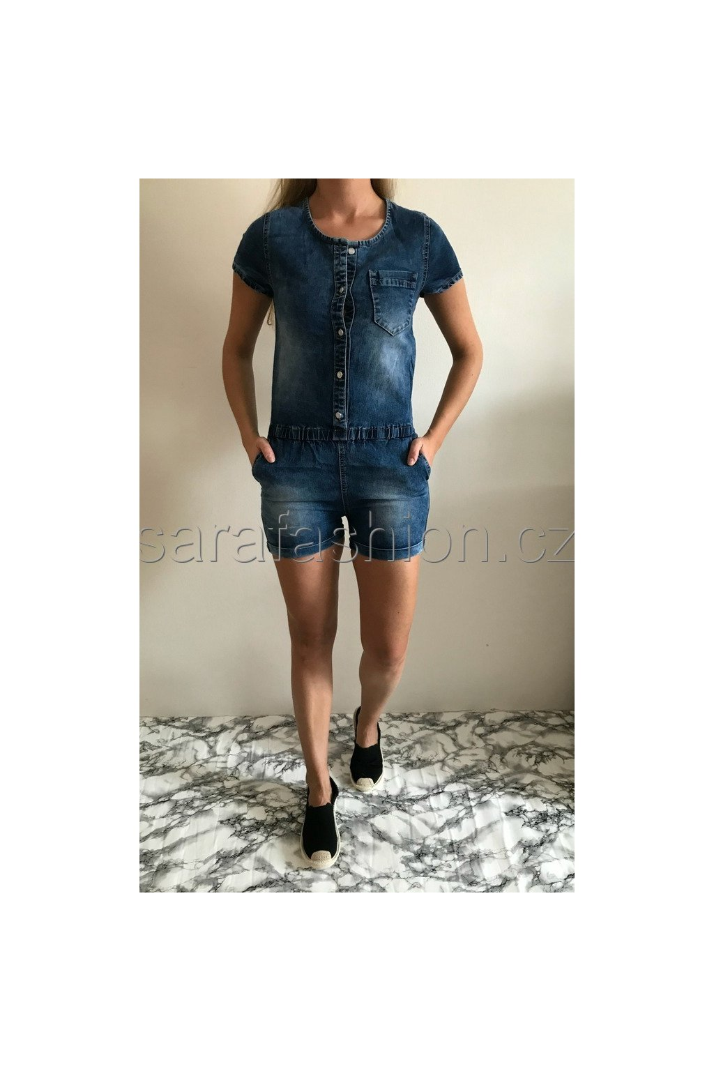 "Jeans overal ""fissa"""