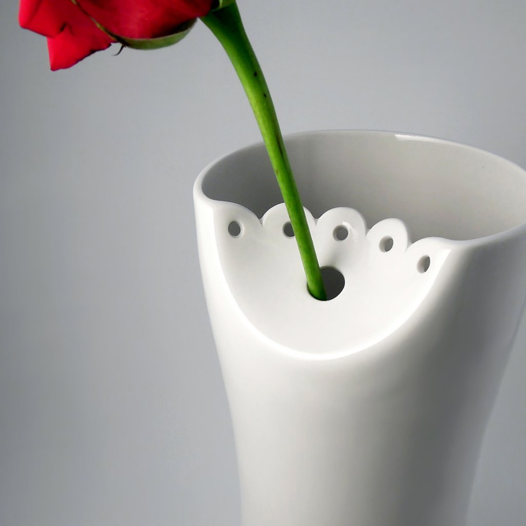 porcelánová váza krajka