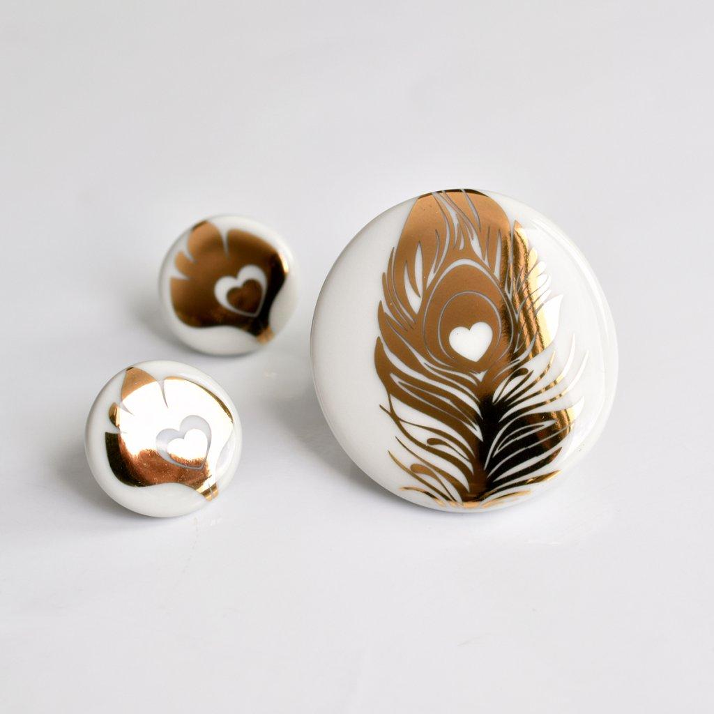 sada porcelánových šperků se zlatem