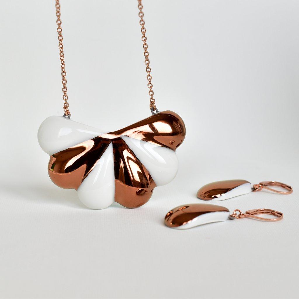 Porcelánová souprava šperků