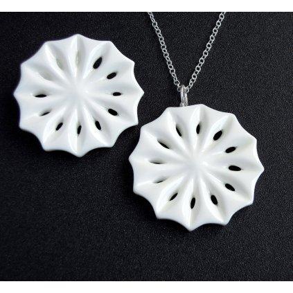 porcelánové brože sněhové vločky