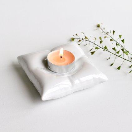 porcelánový svícen polštářek
