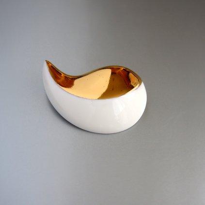 porcelánová brož se zlatem