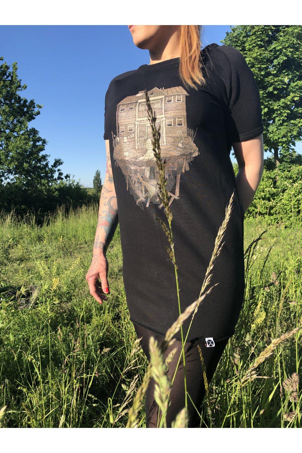 Černé mikino-šaty s potiskem